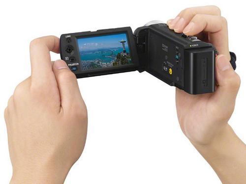 Spesifikasi dan Tipe Proyektor SONY Terbaru Sony DCR-PJ5 dan DCR PJ6, Handycam Sekaligus Proyektor_3