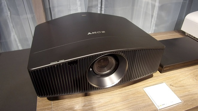 Proyektor Home Theater Terbaik Sony VPL-VW600ES