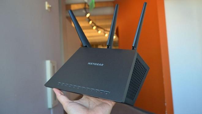 Wireless WiFi Router Terbaik Netgear R7000 Nighthawk